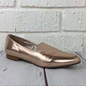 3/$30 FOREVER 21 Pointed Toe Rose gold loafers  6